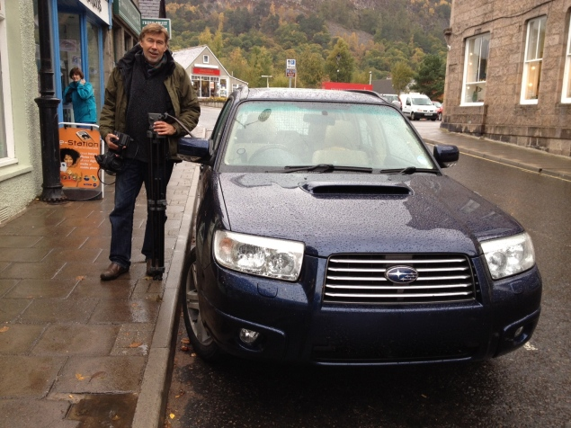Well here we are in a very wet Ballater , in Royal Deeside. That's me looking like Michelin man against the cold beside our faithfull 'Sube' which we have named 'Sgian-dubh' because it is sharp but stealthy, just like the traditional small Scots 'Black Dagger' which was often concealed in a sleeve, except when in the presence of friends when etiquette demanded it be displayed, often tucked into the stocking top, where it is still an important feature of today's formal Scot's dress attire.