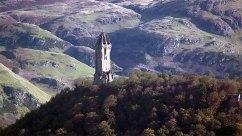 Sterling Castle in lovely surroundings