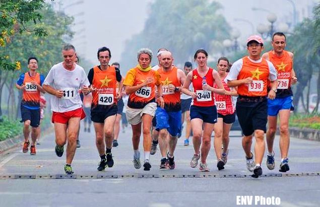 Song Hong Half Marathon, Race For Wildlife front runners in 2013