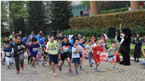 Kids running for bears! ENV photo